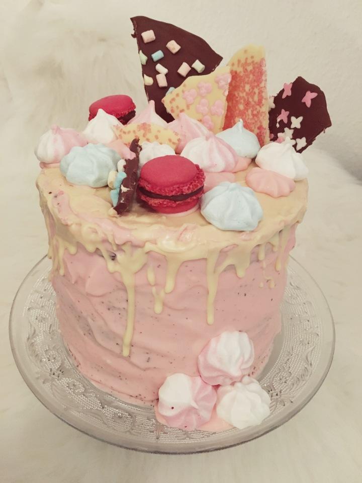Fancy Schokoladen-Himbeer-Geburtstagstorte